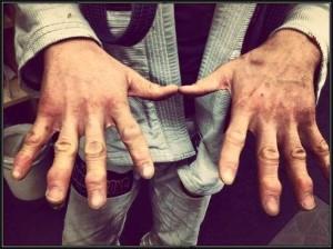 Paulo Miyao's fingers